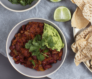Mexican Beans with Pita Bread and Lime
